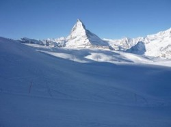 th_matterhorn-snow-switzerland-zermatt_121-107484